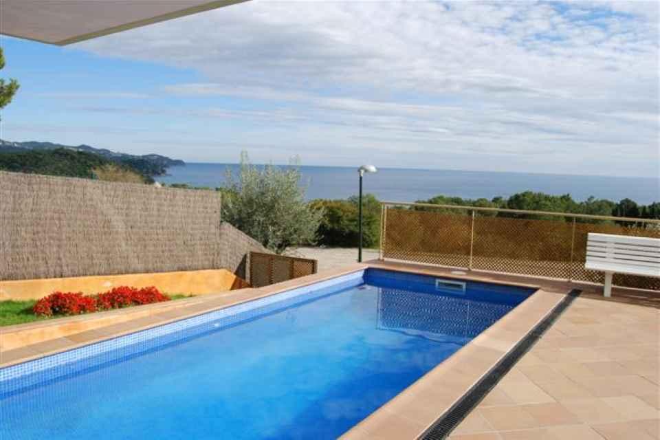 Villa con piscina en venta, Blanes (3).JPG